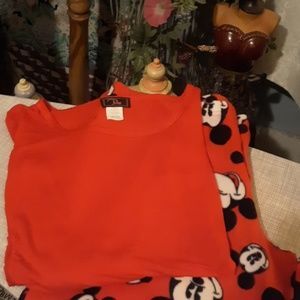 Free silky cotton tee/ Disney Mickey pants